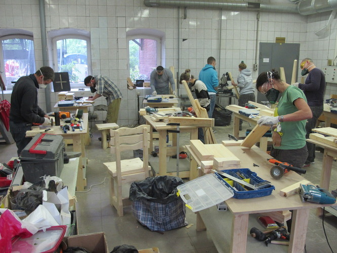 Мебель из дерева своими руками стул из дерева своими руками  Курсы столярного мастерства